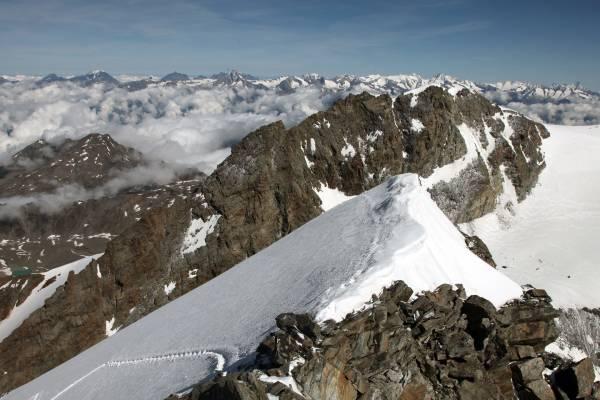 Lagginhorn 4010m, cresta ovest