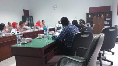 Rapat Pembahasan Retribusi PIntuk Masuk Objek Wisata Parapat, Kamis 20 Pebruari 2020 di DPRD Simalungun.