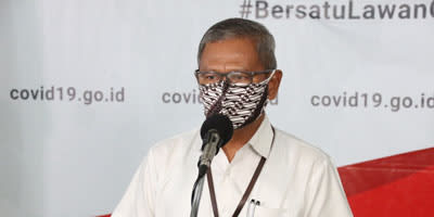 Juru Bicara Pemerintah untuk Penanganan COVID-19 Achmad Yurianto saat konferensi pers Gugus Tugas Percepatan Penanganan COVID-19 di Graha BNPB, Jakarta, Kamis 9 April 2020.