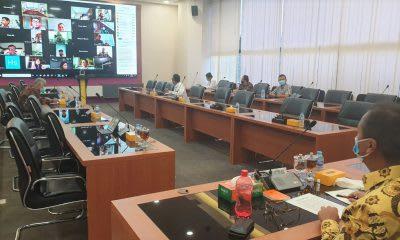 Menperin saat memimpin rapat melalui konferensi media dengan GAPMMI, di Provinsi DKI Jakarta, Rabu 1 April 2020.