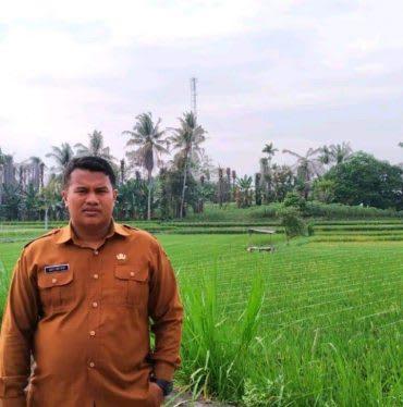 Pangulu Nagori Karang Anyer Syafi'i Ma'roef