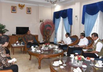 Presiden Jokowi saat rapat pembahasan evakuasi WNI dari Hubei RRT, Kamis 30 Januari 2020.