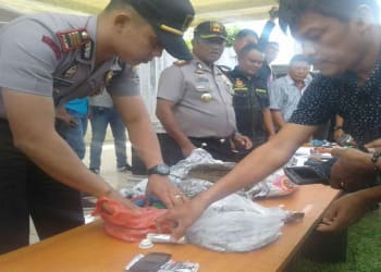 Kapolres Simalungun AKBP Marudut Liberty Panjaitan saat pemaparan kasus penyalahgunaan narkoba yang ditangani Polres Simalungun.
