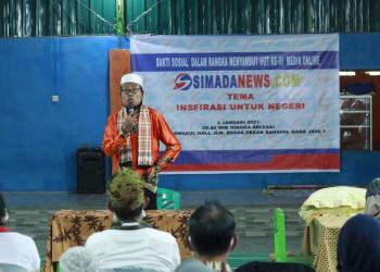 Ustad Ahmad Subado SAg saat menyampaikan tausiah