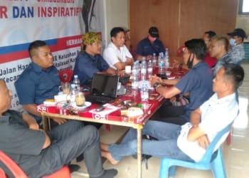 Rapat kerja SimadaNews.com memasuki tahun keempat, dipandu Pemimpin Umum/Redaksi, Hermanto Sipayung