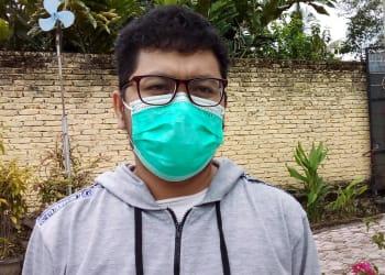 "Manejer Produksi Kilang Ulos ""Kyan"", Daniel Samosir"