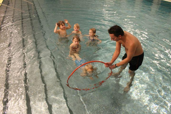 anfängerschwimmen tauchen