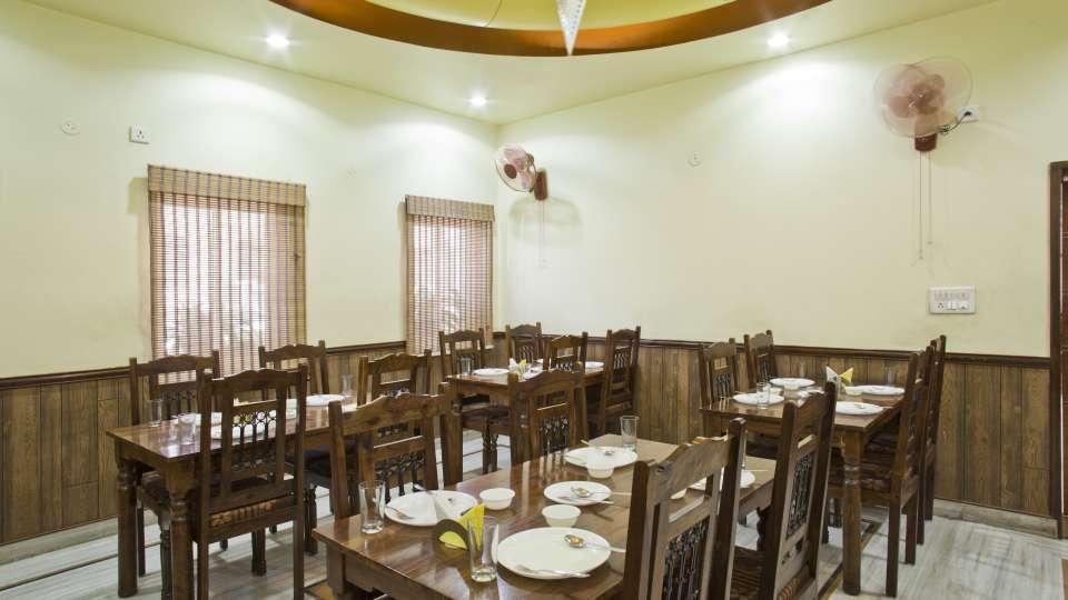 Hotel Ruby  Jaipur Restaurant2 100