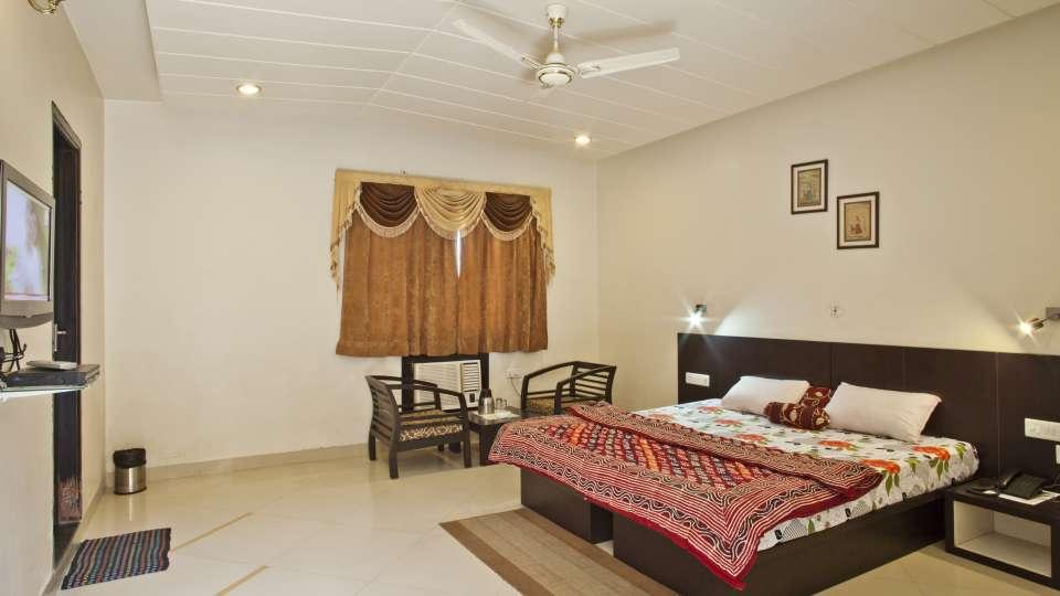 Hotel Ruby  Jaipur RoyalDeluxe4