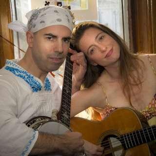Banjo Nickaru & Western Scooches