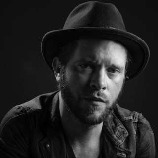 An Evening with Matthew Mayfield