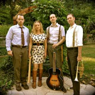 Holiday Swing with Queen Bee and the Honeylovers