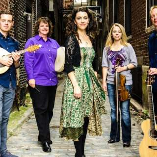 An Evening with RUNA :: Celtic Roots Music