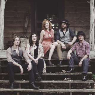 Live Music with Tennessee Stiffs