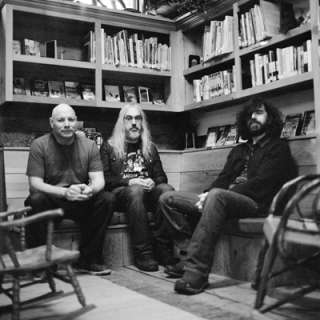 Dinosaur Jr. with Special Guest Easy Action