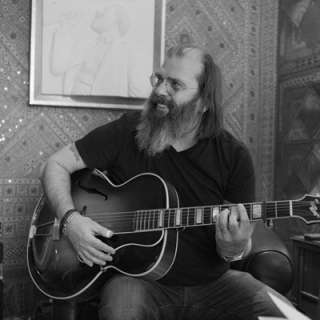 Steve Earle & The Dukes with Special Guest The Mastersons