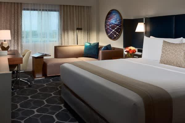 20% off Suite Savings at Royal Sonesta Houston