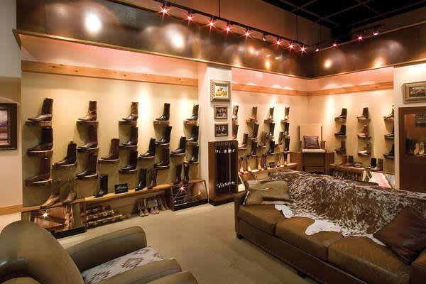 Exhibiciones exclusivas de botas vaqueras en Pinto Ranch