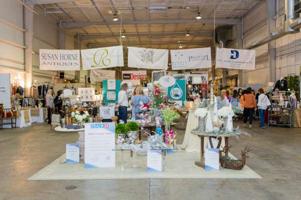 SIP, SHOP AND SHAKE UP YOUR DÉCOR AT DASH SPRING MARKET