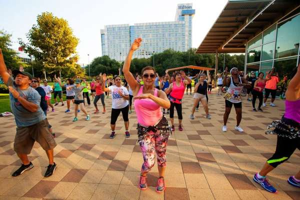 Fitness in the Park: Zumba