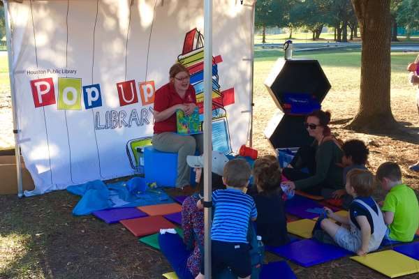 Pop-Up Library at the Park