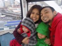 Seattle Great Wheel Blog Family Photo