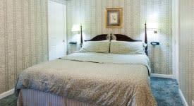 Alloway-Suite-Inn-at-Aberdeen