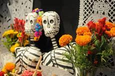Dia de los Muertos small