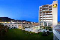 Best Western Plus Kelowna Hotel Suites