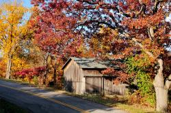 finger-lakes-canandaigua-fall-foliage-scenic-drive-barn.jpg