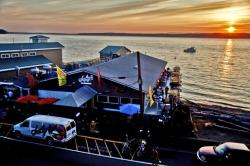 Top_10_Best_Happy_Hours_Offered_in_Seattle_Southside_Saltys_Redondo_Beach