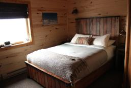 Bedroom in Seal River Heritage Lodge