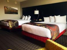 Chattanoogan Hotel_Room