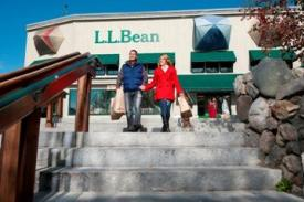 LL Bean shoppers
