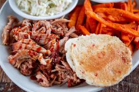Puckett's Grocery and Restaurant