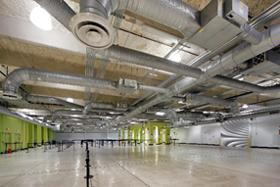 Interior photo of Cruise Terminal 21 baggage lay-down area