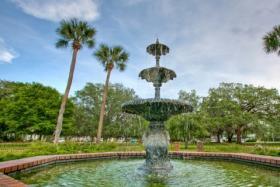 Hanover Square fountain
