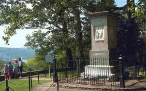 Daniel Boone's Grave: Lexington, KY