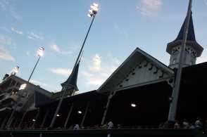 ChurchillDowns.jpg