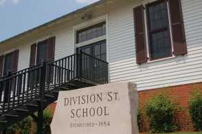 DivisionStreetSchool.jpg
