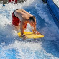 hersheypark-boardwalk-summer-waverider