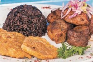 los-tres-cubanos-cuban-food-restaurant-masita-de-puerco