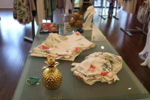 red dress boutique sets-nikki
