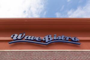 Wave Bistro
