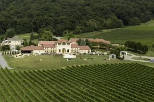Breaux Vineyards