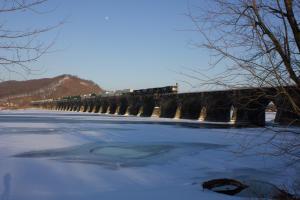 rockville-bridge-longest-stone-masonry-arch-railroad-bridge-harrisburg