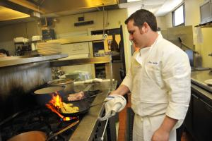 Dining, Cafe Lynn Chef Joey Najolia