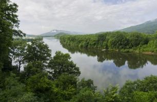 TN River