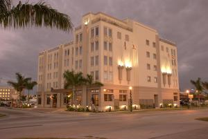 Punta Gorda Wyvern Boutique Hotel