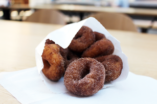 Mini Donuts at The Forks